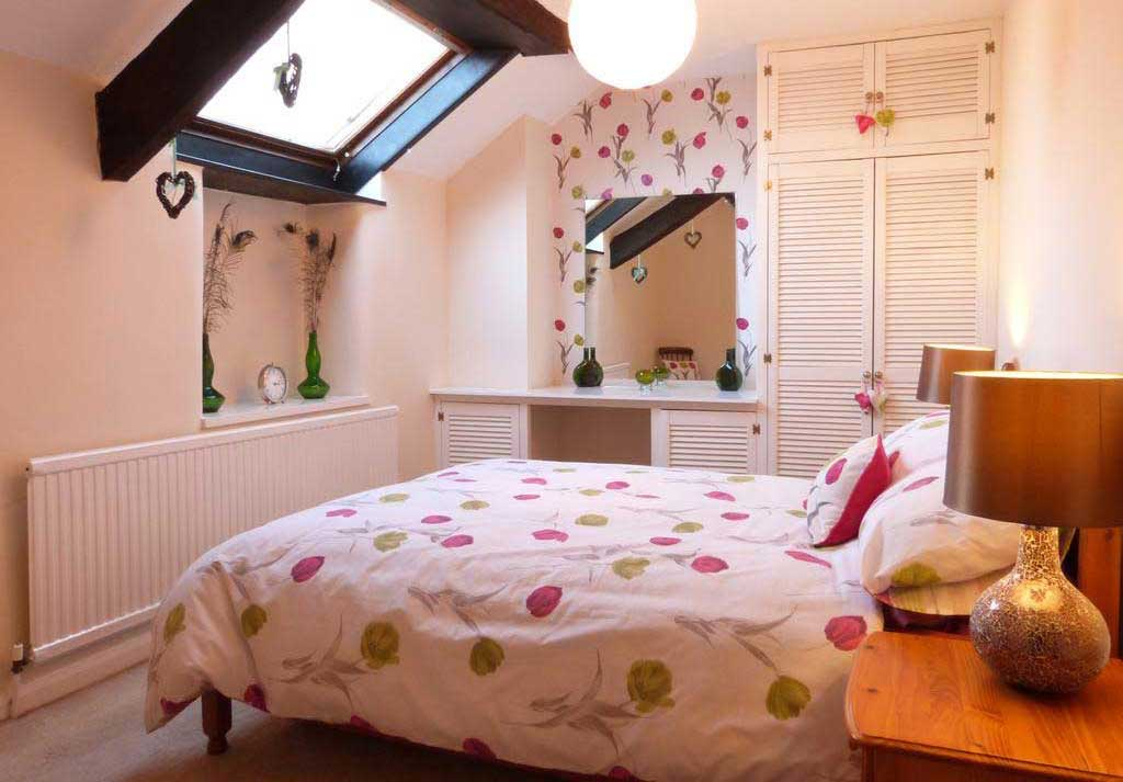 Drws y Nant Bedroom
