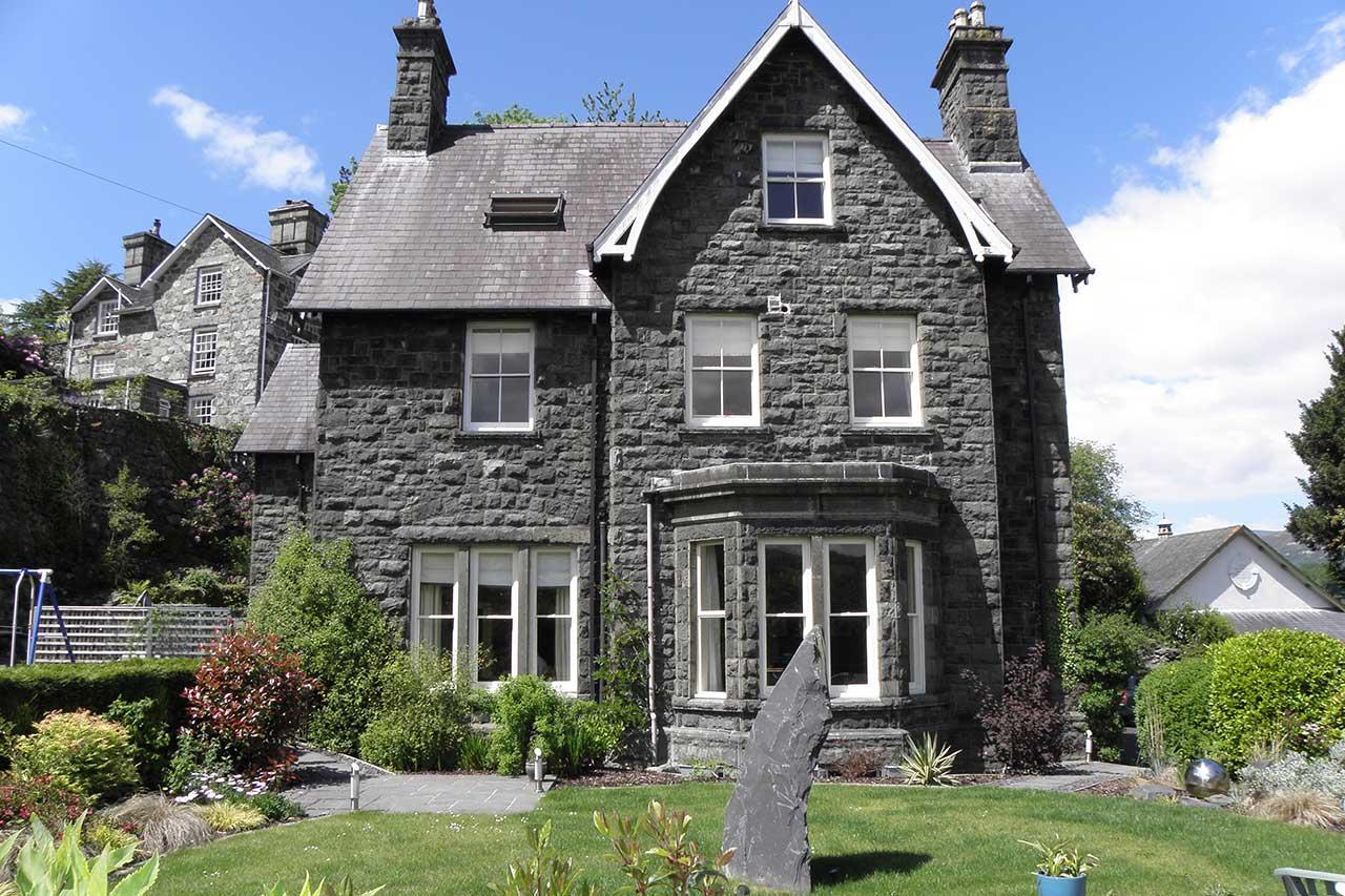Ffynnon Townhouse 2
