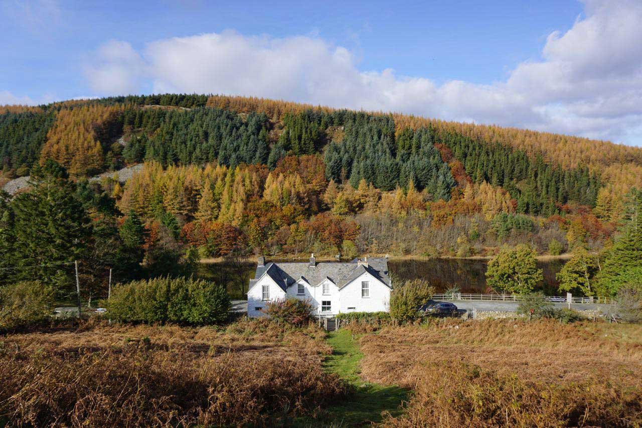 The Gwernan Lake Hotel in Autumn 2