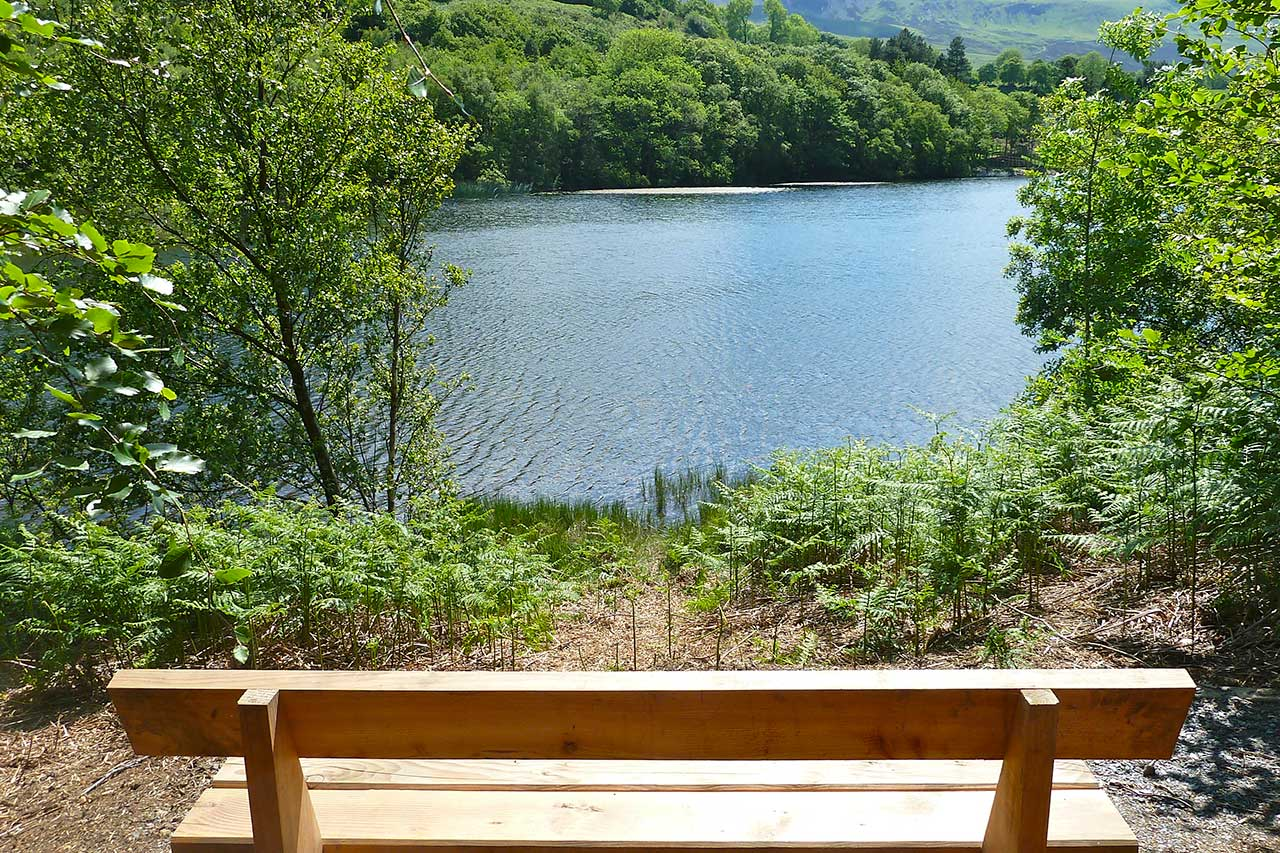 A seat beside Gwernan Lake.